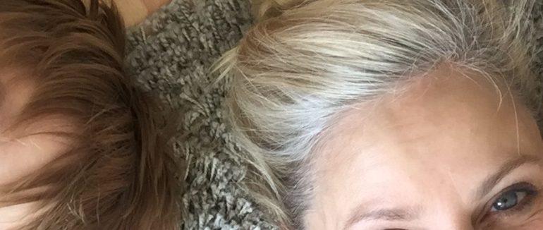 Frisuren um graue haare rauswachsen zu lassen