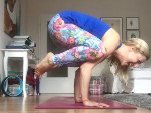 Zuhause Yoga üben – was du für deine eigene Praxis brauchst
