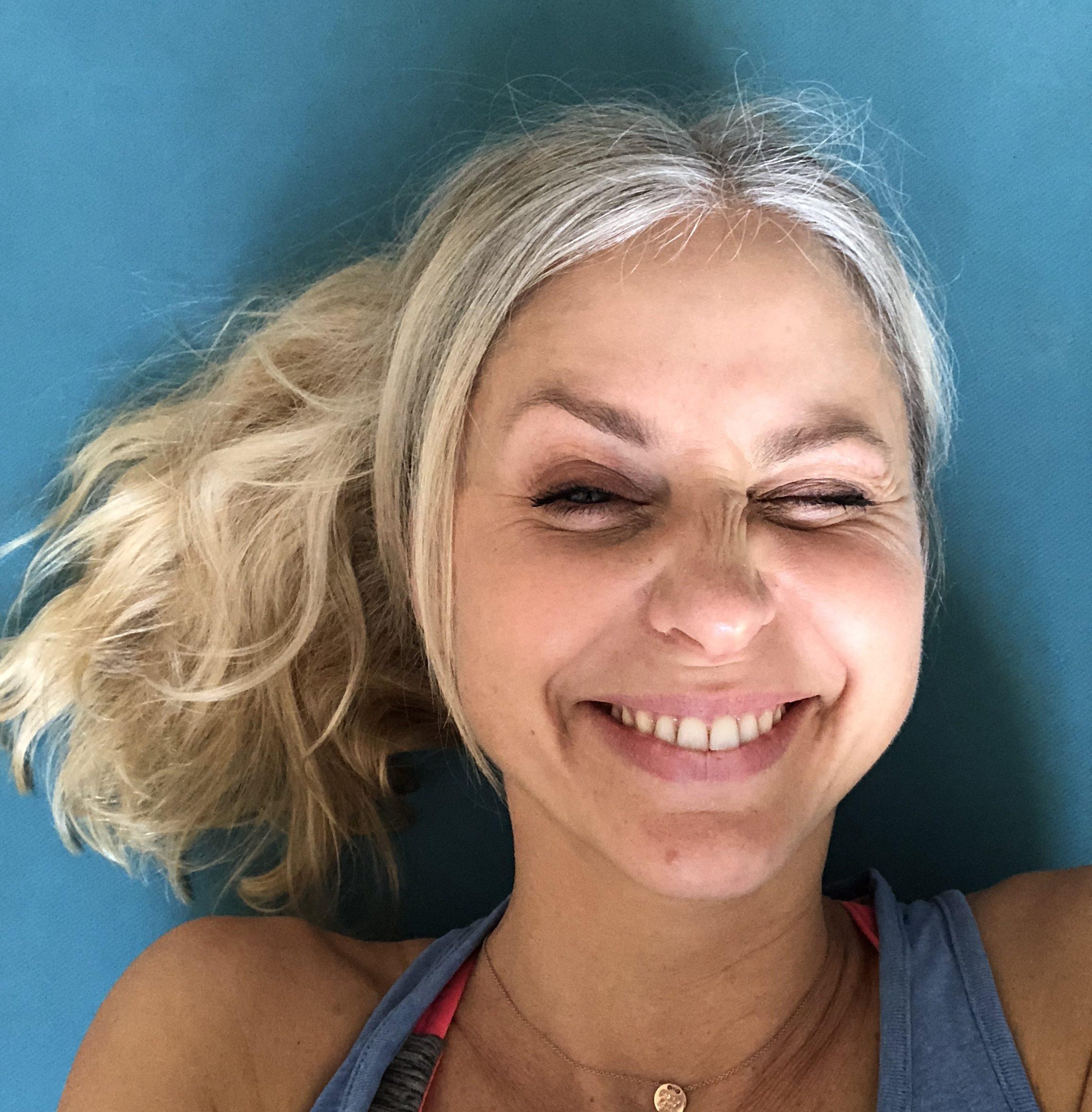 Graue Haare Mein Fazit Nach 7 Monaten Ohne Farbe Gluecksplanet
