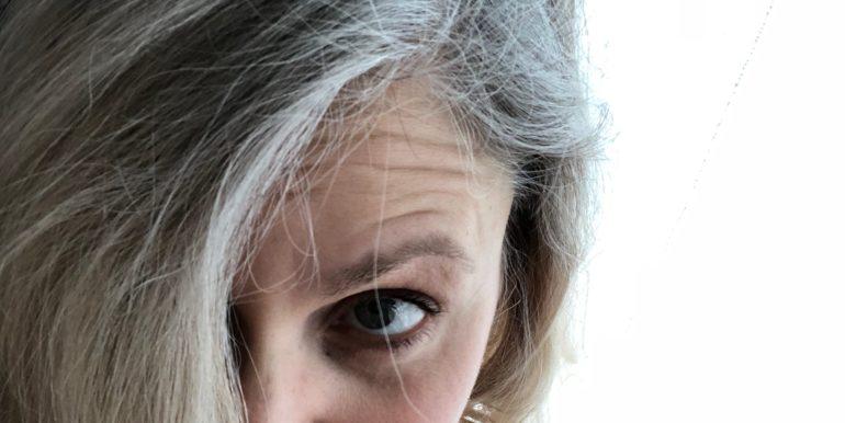 Graue Haare Rauswachsen Lassen Ein Zwischenfazit Gluecksplanet