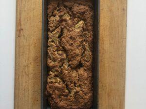 vegan und glutenfrei – der Rhabarber-Karottenkuchen